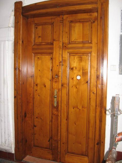 Dveře vstupní